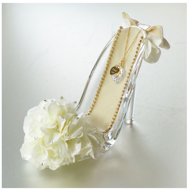 【プロポーズ・シンデレラのガラスの靴】ホワイト