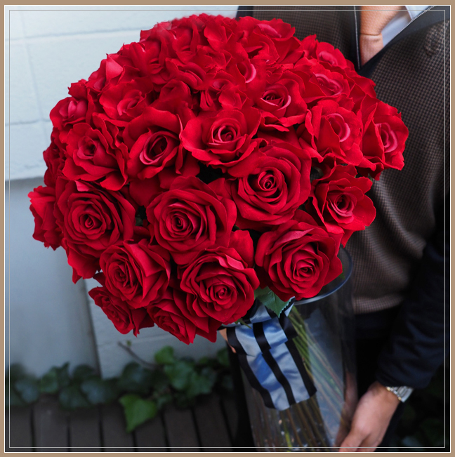 赤バラ50本メッセージフラワー